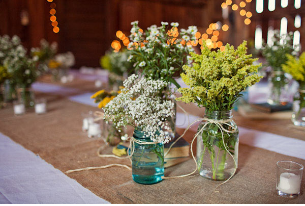 vintage-green-mason-glass-burlap-wedding-table24