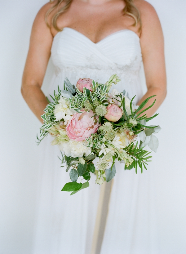 jessica-sloane-event-styling-and-design-and-austin-gros-photography-beach-wedding_029
