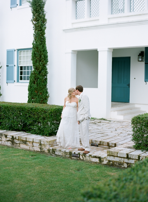 jessica-sloane-event-styling-and-design-and-austin-gros-photography-beach-wedding_036