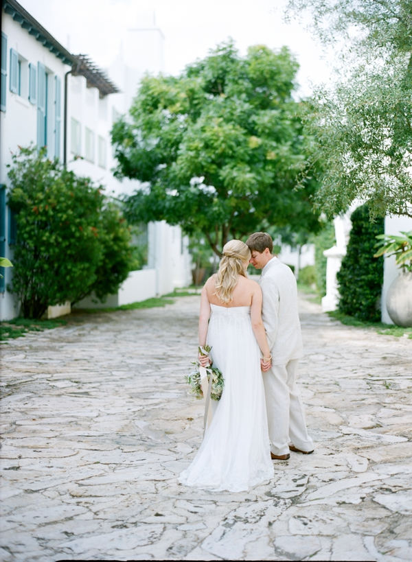 jessica-sloane-event-styling-and-design-and-austin-gros-photography-beach-wedding_038