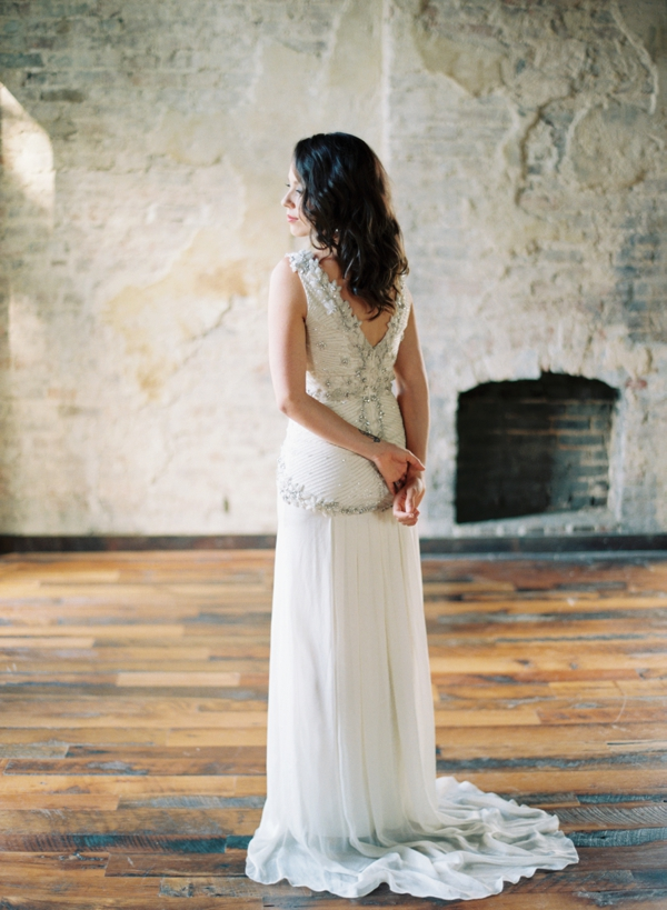 austin-gros-photography-jessica-sloane-styling-the-cordelle-nashville-wedding_0015