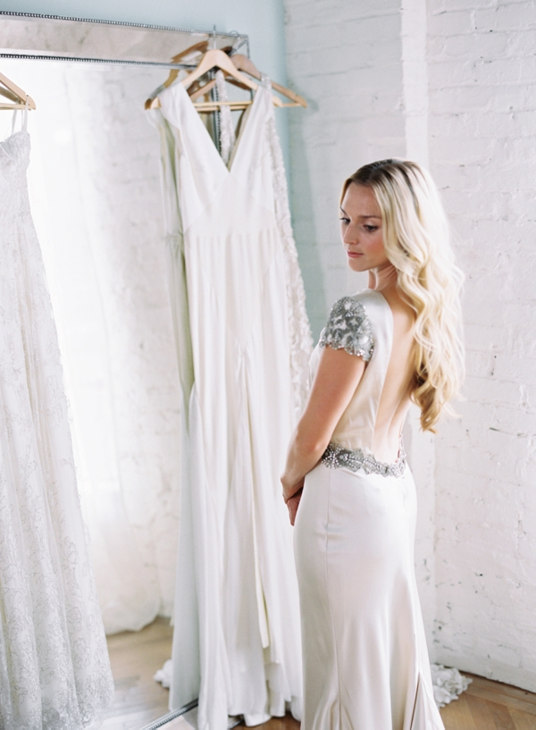 austin-gros-photography-jessica-sloane-styling-the-dress-theory_0005