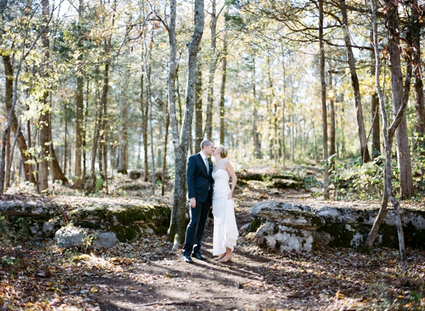 jessica-sloane-event-styling-and-design-and-austin-gros-photography-wrens-nest-wedding_012