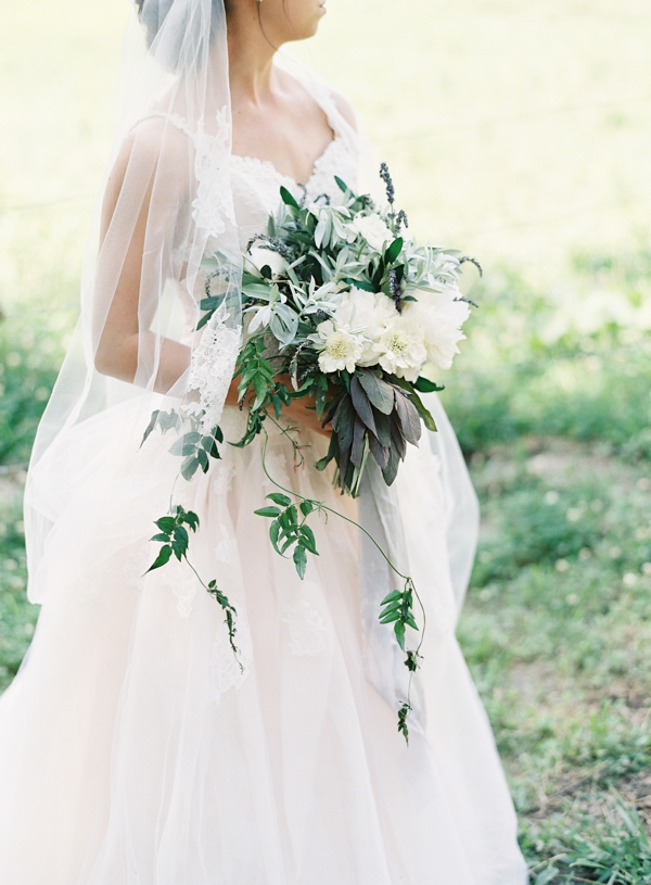 jessica-sloane-event-styling-and-design-jessica-lorren-photography-serenbe-wedding_006