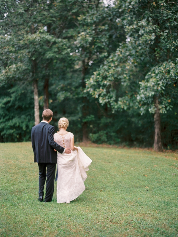 lauren-kinsey-photography-jessica-sloane-styling-mississippi-wedding_0032